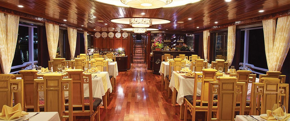 Cristina Diamond cruise Restaurant